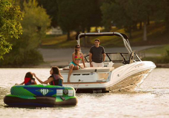 Bayliner Boats renews Pearl Brands' international contract until 2018